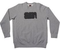 AM LOGO CHENILLE PATCH CREWNECK GREY