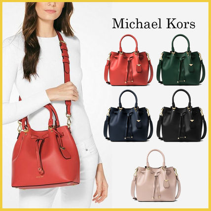 7db45e597c05f Michael Kors ショルダーバッグ・ポシェット  Michael Kors Blakely Leather Bucket Bag☆バケツ ...