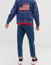 Tommy Jeans US Flag Capsule all over flag embroidery regul