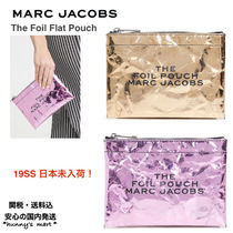 MARC JACOBS(マークジェイコブス) メイクポーチ 【MARC JACOBS】関送込 The Foil Flat Pouch コスメ ポーチ