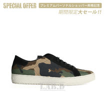 《 Off-White 》 CAMO SNEAKERS ALL OVER スニーカー 迷彩柄