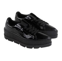 PUMA x Fenty by Rihanna Pointy Creeper 厚底スニーカー