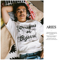 ARIES(アリーズ) Tシャツ・カットソー 【ARIES】Bourgeois or BizarreプリントTシャツ (関税送料込)
