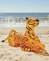 Urban Outfitters(アーバンアウトフィッターズ) うきわ 浮き輪 Glitter Tiger Pool Float