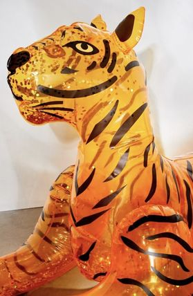 Urban Outfitters うきわ 浮き輪 Glitter Tiger Pool Float(3)