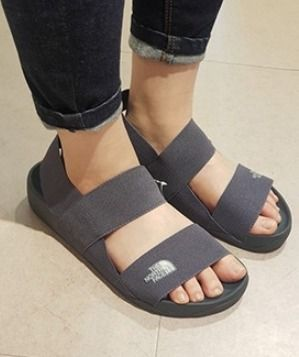THE NORTH FACE サンダル ★韓国の人気★【THE NORTH FACE】★LUX SANDAL III★2色★(3)
