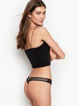 DREAM ANGELSNEW! Scalloped Lace Thong Panty