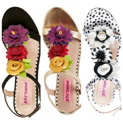 国内発 関税無★Betsey Johnson★Adde Dress Sandals サンダル
