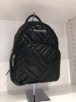 MICHAEL KORS ABBEY MEDIUM BACKPACK LEATHER GEO QUILTED