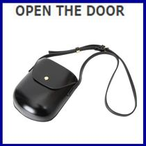 [OPEN THE DOOR]    minimal leather cross bag  / 追跡付