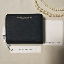 MARC JACOBS 折り財布 コンパクト レザー  在庫有 即発 M0014461