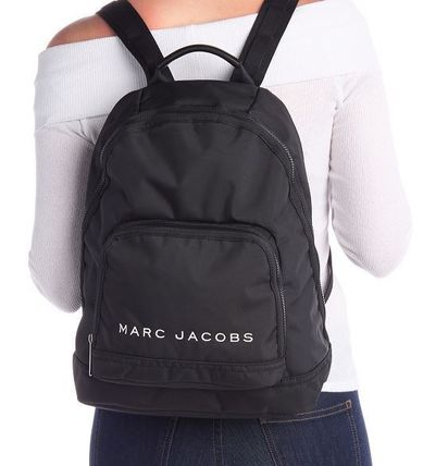 MARC JACOBS バックパック・リュック SALE! 全3色 MARC JACOBS ロゴ ナイロン バックバック 男女兼用(15)