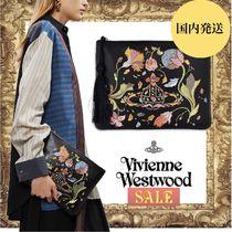 ☆SALE☆Vivienne Westwood DOLLY 刺繍 クラッチバッグ