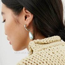 国内発送ASOS DESIGN earrings with baby blue pearl drop