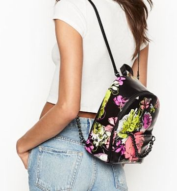Victoria's Secret バックパック・リュック 日本未入荷 Victoria's Secret  Flower Small Backpack(5)