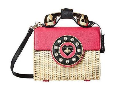 国内発送 関税無★Betsey Johnson★Wicker Phone Bag