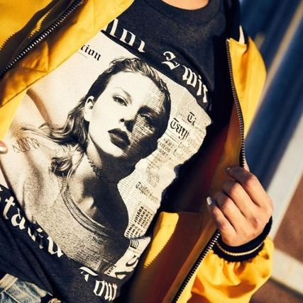 Taylor Swift Tシャツ・カットソー TaylorSwift DARK GREY HEATHER ALBUM TOUR Tシャツ(2)