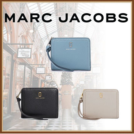 c7599450dd36 MARC JACOBS コインケース・小銭入れ 【MARC JACOBS国内直営】*Softshot ソフト ...