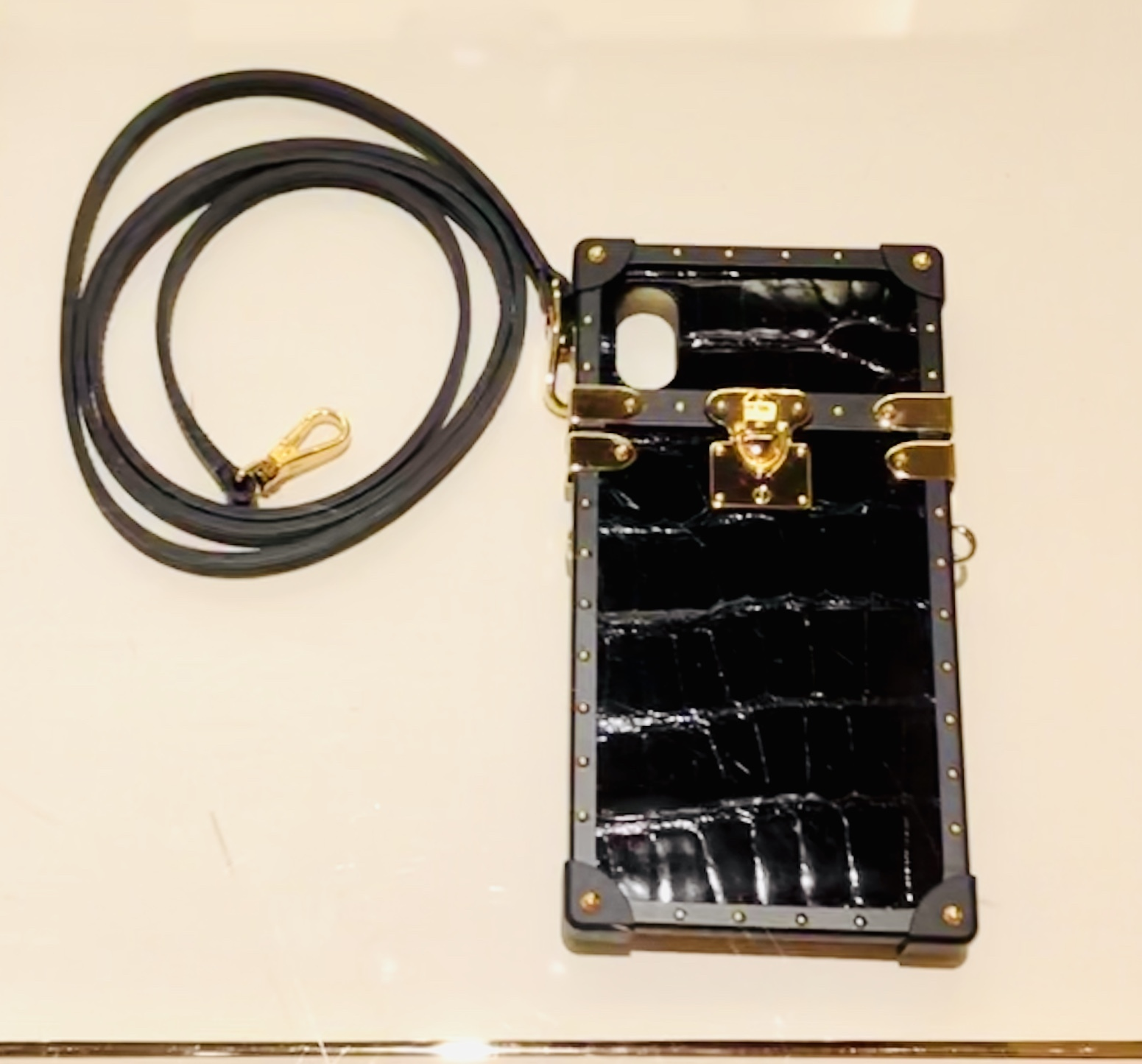 info for d1e16 12988 Louis Vuitton Louis Vuitton Crocodile Leather Eye-Trunk for iPhone X & XS