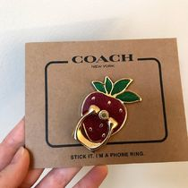 COACH Strawberry Phone Grip★可愛いイチゴのバンカーリング