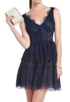 最終SALE! BCBGMAXAZRIA Willa Lace Dress