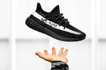 adidas イージー Yeezy Boost 350 V2 Core Black White