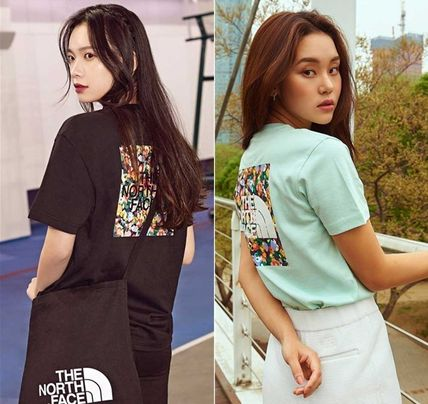 THE NORTH FACE Tシャツ・カットソー 日本未入荷!★THE NORTH FACE★花柄プリントティーシャツ★4色