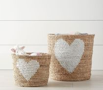 関税送料込*Pottery Barn*Raffia Heart Baskets Sサイズ