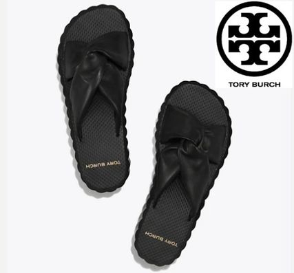 Tory Burch シューズ・サンダルその他 関税・送料込TORY BURCH☆SCALLOP KNOTTED-LEATHER WEDGE SLIDE