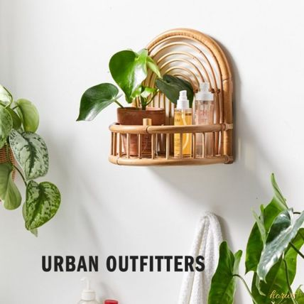 Urban Outfitters 棚・ラック・収納 米国発☆Urban Outfitters☆ラタンウォールシェルフArc