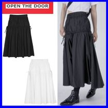 [OPEN THE DOOR] side strap flare long skirt (2 color)/追跡付