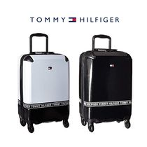 Tommy Hilfiger(トミーヒルフィガー) スーツケース 速達★Tommy Hilfiger★Courtside機内持込みスーツケース20inch