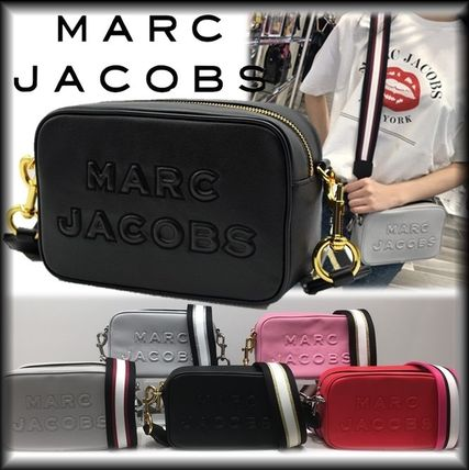 MARC JACOBS ショルダーバッグ・ポシェット SALE! Marc Jacobs ビッグロゴ&太目ストラップがキュート♪