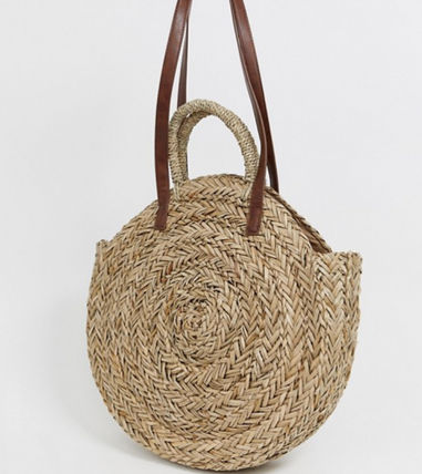 Exclusive large round straw bag