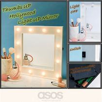【Thumbs Up 】Hollywood Light Up Mirror