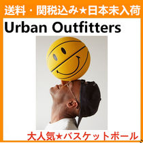 Urban Outfitters(アーバンアウトフィッターズ) スポーツその他 Urban Outfitters Chinatown Market X Smiley Basketball