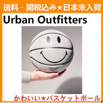Urban Outfitters(アーバンアウトフィッターズ) スポーツその他 Urban Outfitters Chinatown Market X Smiley 3M Basketball