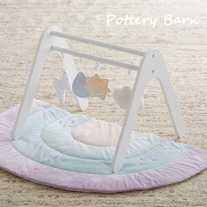 Pottery Barn プレイマット・ベビーマット 新作☆【Pottery Barn】Rainbow Interactive Playmat