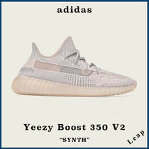 "【adidas】激レア 人気 Yeezy Boost 350 V2 ""SYNTH"""