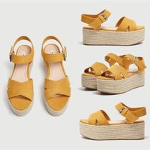 【日本未入荷】PULL&BEAR Mustard yellow platform wedges