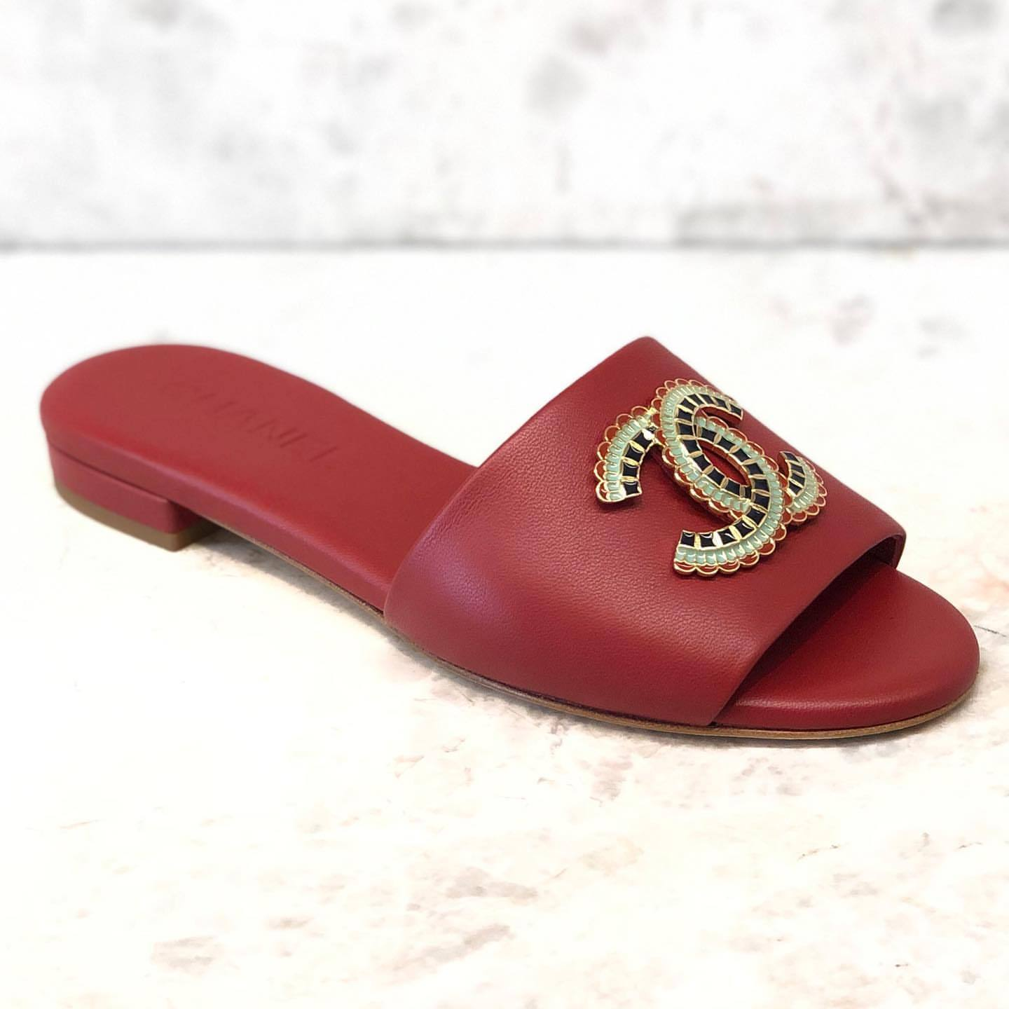 Shop Chanel 2019 Ss Open Toe Plain Leather With Jewels Elegant Style Slippers By Kinkinny Buyma