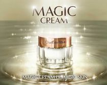 ★Charlotte Tilbury★No.1セラー《Magic Cream》