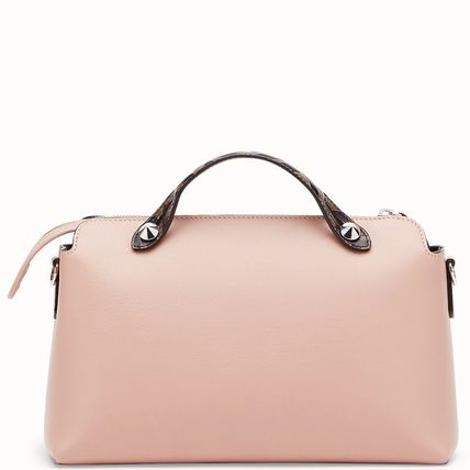 FENDI ショルダーバッグ・ポシェット FE2504 BY THE WAY WITH FF LOGO DETAIL(3)