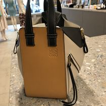 国内発・関税込【LOEWE】Hammock Small Bag (Amber×Light Oat)