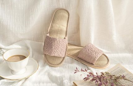 DECO VIEW ライフスタイルその他 【DECO VIEW】 Flower race slippers