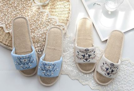 DECO VIEW ライフスタイルその他 【DECO VIEW】 Natural Embroidery slippers