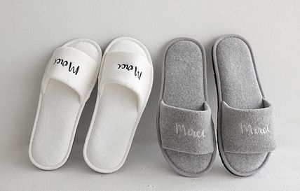 DECO VIEW ライフスタイルその他 【DECO VIEW】 Modern Lettering Embroidery Towel slippers