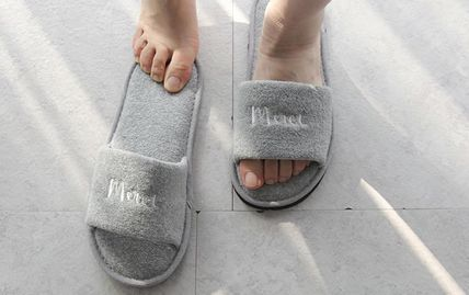 DECO VIEW ライフスタイルその他 【DECO VIEW】 Modern Lettering Embroidery Towel slippers(3)