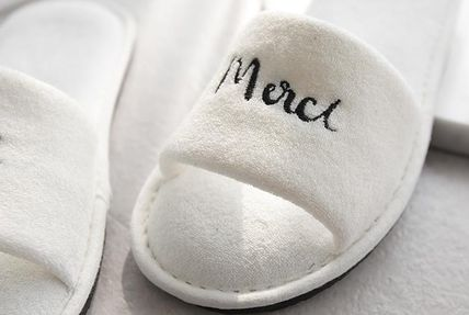 DECO VIEW ライフスタイルその他 【DECO VIEW】 Modern Lettering Embroidery Towel slippers(4)