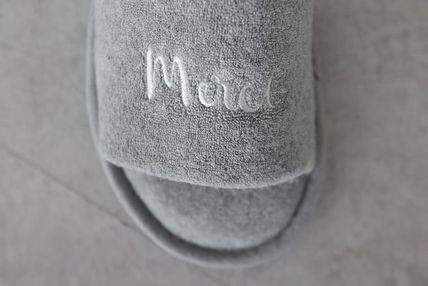 DECO VIEW ライフスタイルその他 【DECO VIEW】 Modern Lettering Embroidery Towel slippers(6)